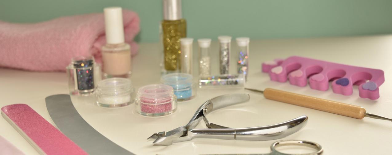Julie\'s Nail Salon - Nail salon in Largo, FL 33771